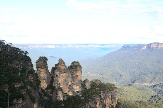 Echo Point Lookout: Three sisters