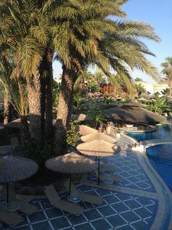Atrium Palace Thalasso Spa Resort & Villas : Главный бассейн