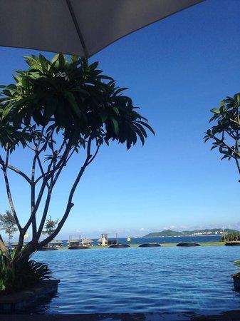 Conrad Sanya Haitang Bay: swimming pool
