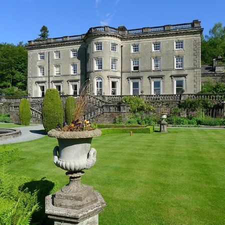 Rydal Hall and lawn