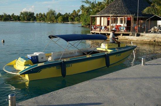 Ile aux Récifs : bateau de PA ATI Excursions