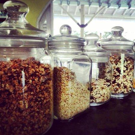 Drop In Cafe : breakfast muesli