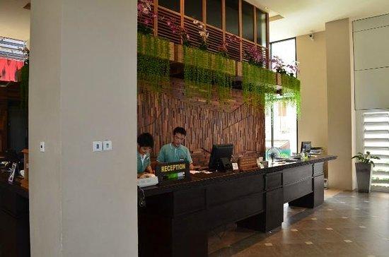 Baan Laimai Beach Resort: Reception