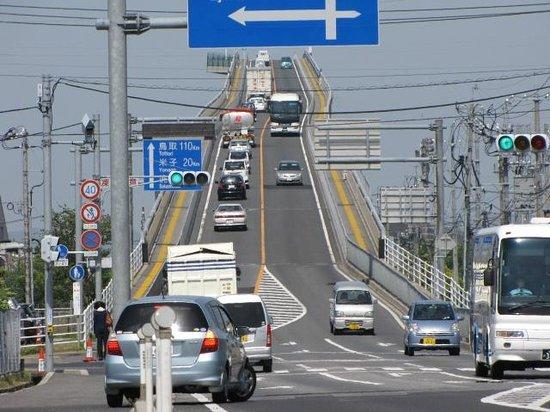 Eshima Ohashi Bridge: 島根側より