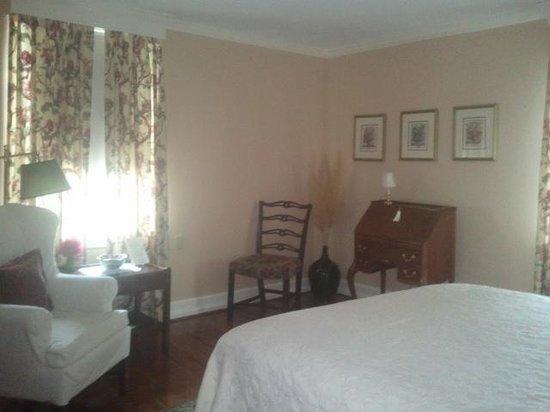 The Inn at Montross : Madeira room