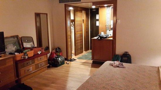 Damai Beach Resort: Big room