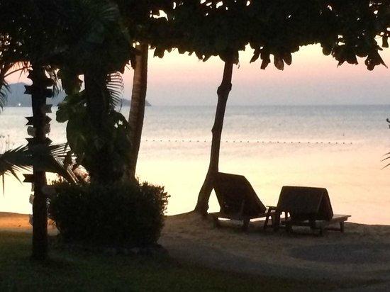 Fair House Villas & Spa: The beach outside our villa