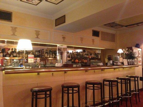Bristol Hotel Salzburg: Die verlassene Hotelbar