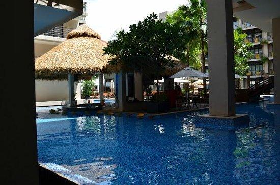 Baan Laimai Beach Resort : Pool