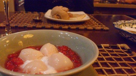 Koh Pee Pee : algo com creme de cerejas ou algo do tipo. Não era muito bom