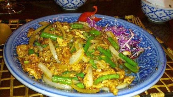 Koh Pee Pee : Porco com legumes e arroz thay