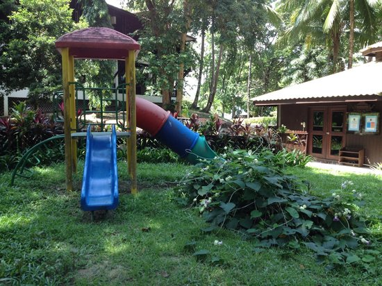 Century Langkawi Beach Resort: general poor landscaping