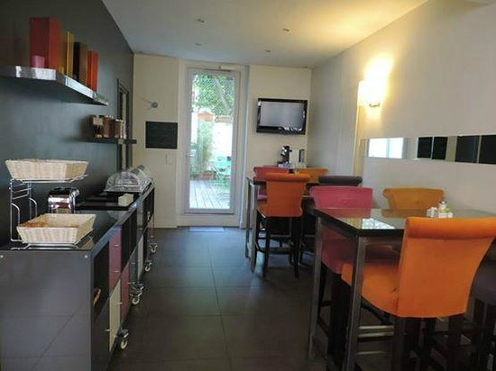 La Maison Montparnasse : Café da manhã