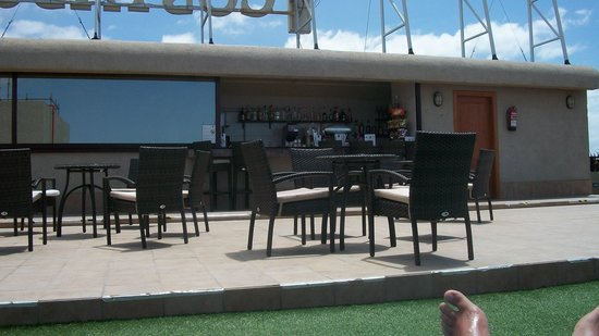 Fanabe Costa Sur Hotel: ROOF TERRACE BAR