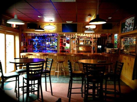 Bullwinkle's Family Steak House: The Bog Tavern
