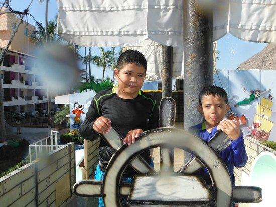 Crown Paradise Club Puerto Vallarta: parque acuatico infantil