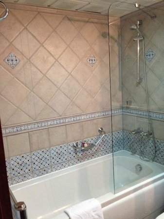 Sirkeci Mansion: Bathroom - Shower