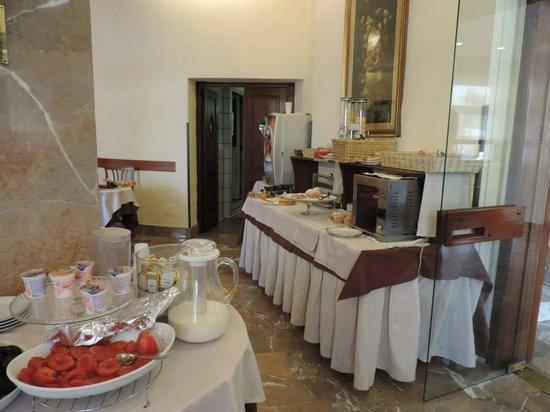 Hotel Tourist: Café da manhã