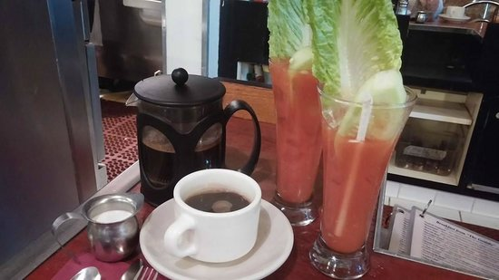 The Griddle Cafe : Fresh french press coffee and two for one bloody mary