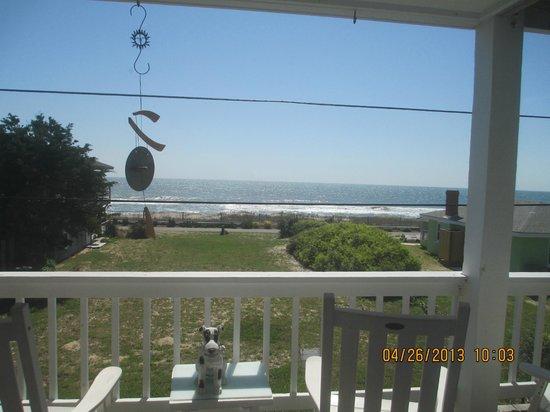 Palm Air Cottages: Deck Views