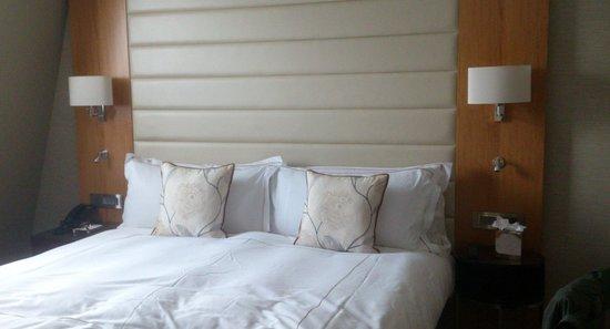Conrad London St. James: Bed