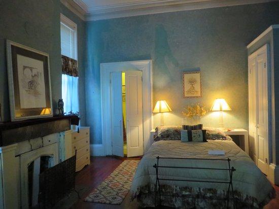 Bed & Breakfast at the Point: Verret Suite Bedroom