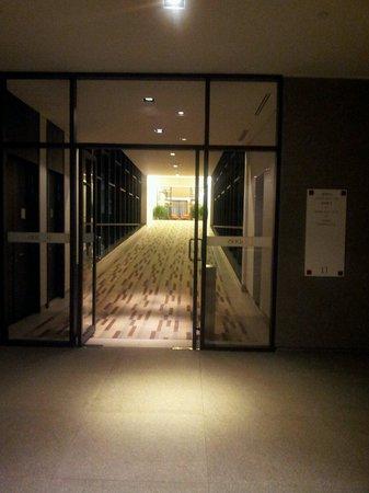 Hotel Jen Puteri Harbour, Johor: Heading to the roons