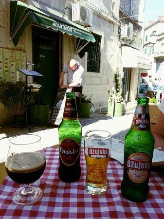 Konoba Marjan: Good Dark Beer.