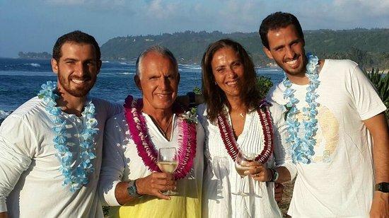 Hawaii Eco Divers & Surf Adventures: Cerimonia em Chuns Reef