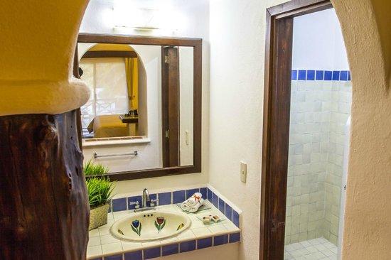 Hotel Riviera del Sol: Baño Habitacion