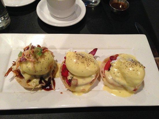 Heron Rock Bistro: Breakfast Triple Benny
