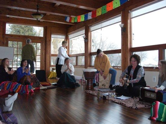 Shanti Retreat: Kirtan with Brenda McMorrow and Lana Sugarman