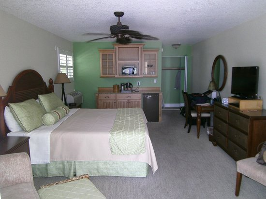 Little Cayman Beach Resort: Ocean Front Room