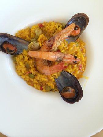 Capricho Restaurante - Bar : Paella Capricho