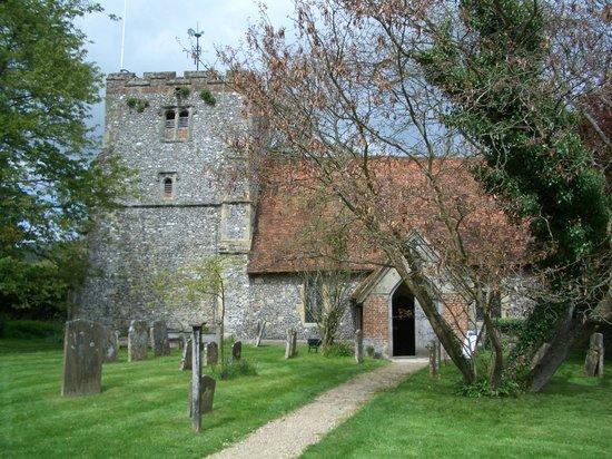 SHO4 Travel Oxford Tours: Pretty parish church