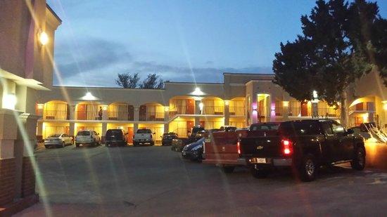 Advantage Inn & Suites: new renovation