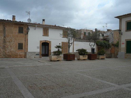 Casco antiguo de Alcudia: old