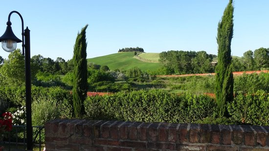 Hotel More Di Cuna: Classic Tuscan view from the room