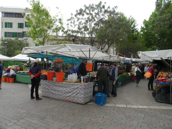Alcudia Old Town : market