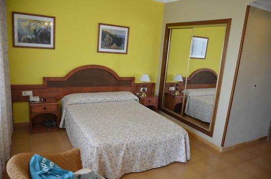 Hotel Cavanna: Habitación muy correcta