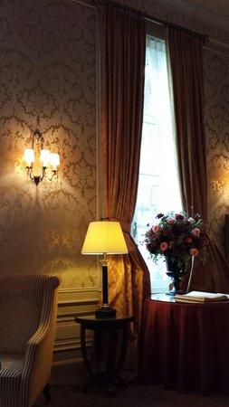Grand Hotel Casselbergh Bruges: Bar lounge