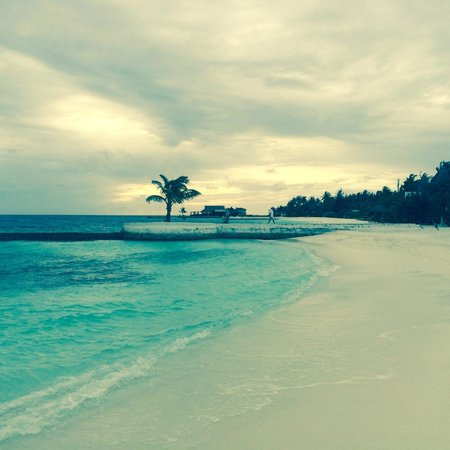 Jumeirah Vittaveli : Our Beach