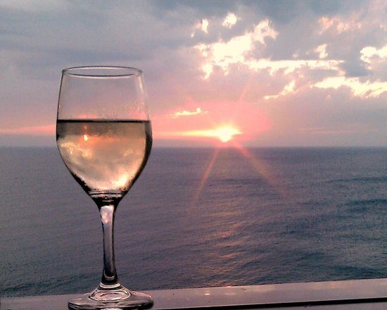 Mayor La Grotta Verde Grand Resort: Wine and sunset