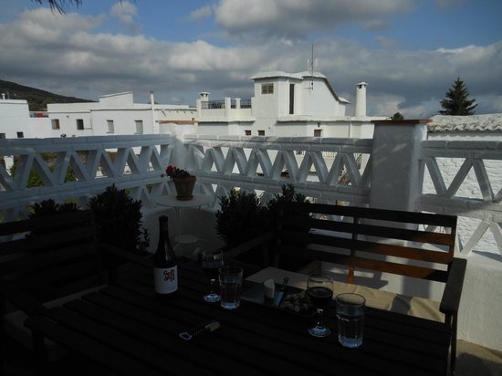 La Placeta Guesthouse: Private terrace with view of Portugos