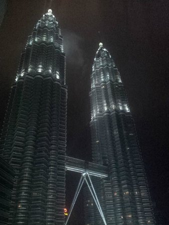 Mandarin Oriental, Kuala Lumpur: View from our room of the Petronas Towers