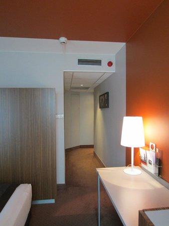 Holiday Inn Reims Centre: Room