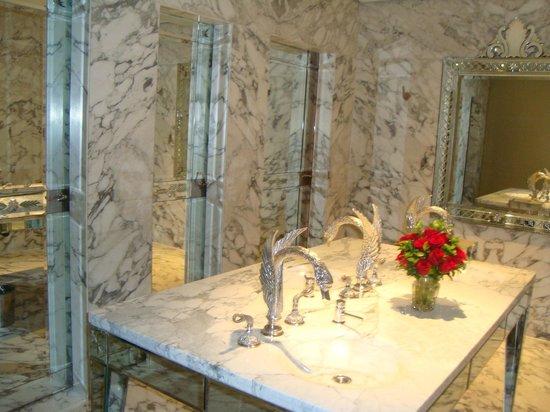 Faena Hotel: Luxo até no banheiro