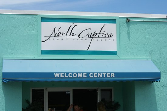 North Captiva Island Club Resort: NCIC Welcome Center where Loading/Unloading Luggage