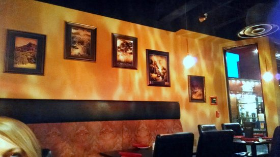 Firehouse Kitchen: The lower dining room decor.