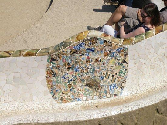 Park Güell: Park Guell mosaic Gaudi